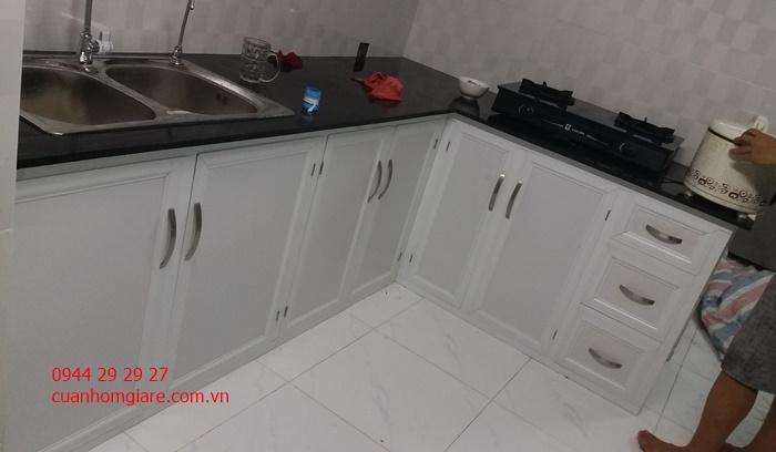 tủ bếp dưới nhôm sơn tĩnh điện