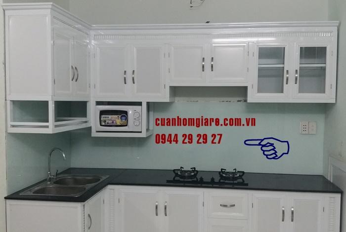 tủ bếp nhôm sơn tĩnh điện chữ l